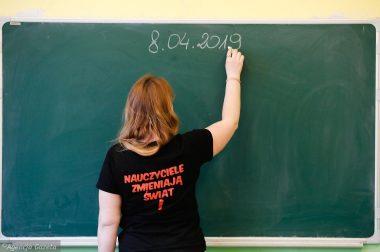 Informujemy, że w okresie strajku nauczycieli nasze szkoły pracują bez zmian.